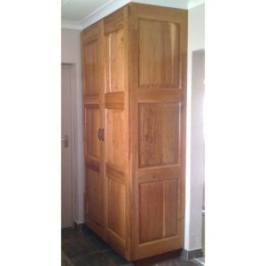 Built-in storage cabinet with two doors in Rhodesian Teak
